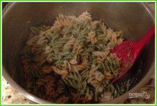 Паста с креветками, томатами и фетой - фото шаг 5