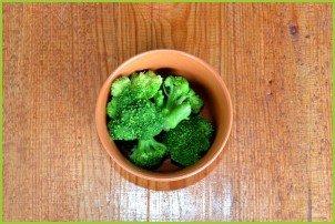 Салат из брокколи и огурцов - фото шаг 2