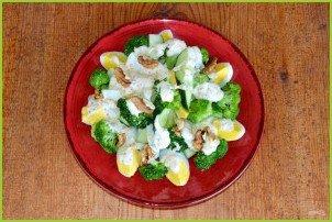 Салат из брокколи и огурцов - фото шаг 8