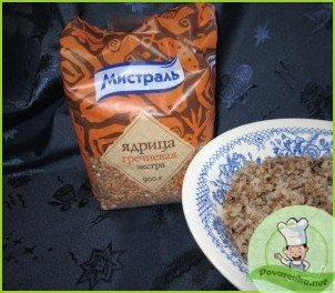 Салат из консервированной сайры - фото шаг 1