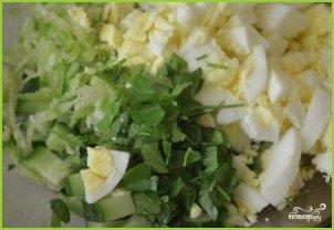 Салат из редьки с яйцом - фото шаг 6