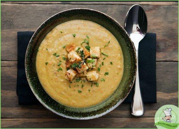 Гороховый суп-пюре с сухариками - фото шаг 1