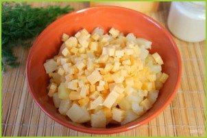 Салат из курицы с ананасами (классический) - фото шаг 6