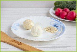 Салат с сырными шариками - фото шаг 3