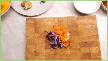 Крем-суп из тыквы с лисичками - фото шаг 1
