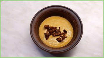 Крем-суп из тыквы с лисичками - фото шаг 5