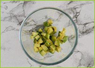 Салат с авокадо и манго - фото шаг 2
