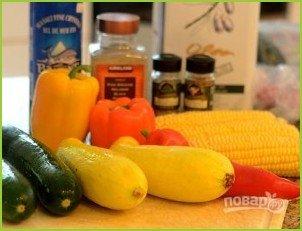 Овощной салат с кукурузными початками - фото шаг 1