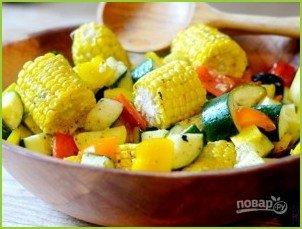 Овощной салат с кукурузными початками - фото шаг 6