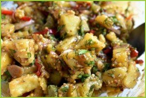 Пикантный картофельный салат - фото шаг 7