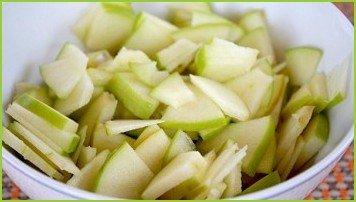 Простой салат из свежей капусты - фото шаг 2