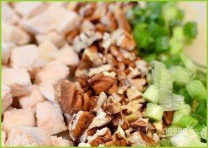 Салат из отварной курицы - фото шаг 4