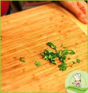 Салат из редьки с морковью - фото шаг 4