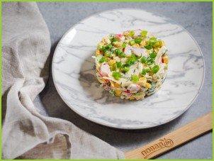 Салат с крабовыми палочками, кукурузой и сыром - фото шаг 6