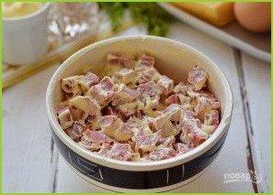 Мясной салат с колбасой - фото шаг 2