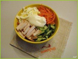 Салат с копченой курицей и корейской морковью - фото шаг 5