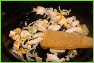 Спагетти под соусом - фото шаг 3