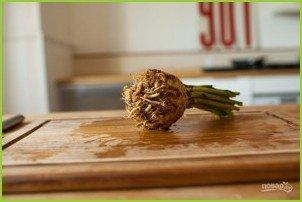 Салат из сельдерея корневого - фото шаг 3
