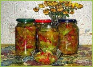 Салат с зелеными помидорами на зиму - фото шаг 4