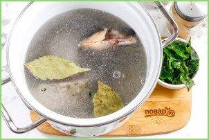 Рыбный суп с сельдереем - фото шаг 4