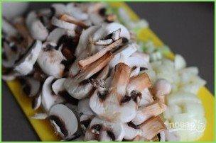 Крем-суп с грибами и сыром - фото шаг 2